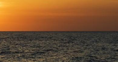 Terrasini - Il mare non ha confini - immagini di Giuseppe Viviano
