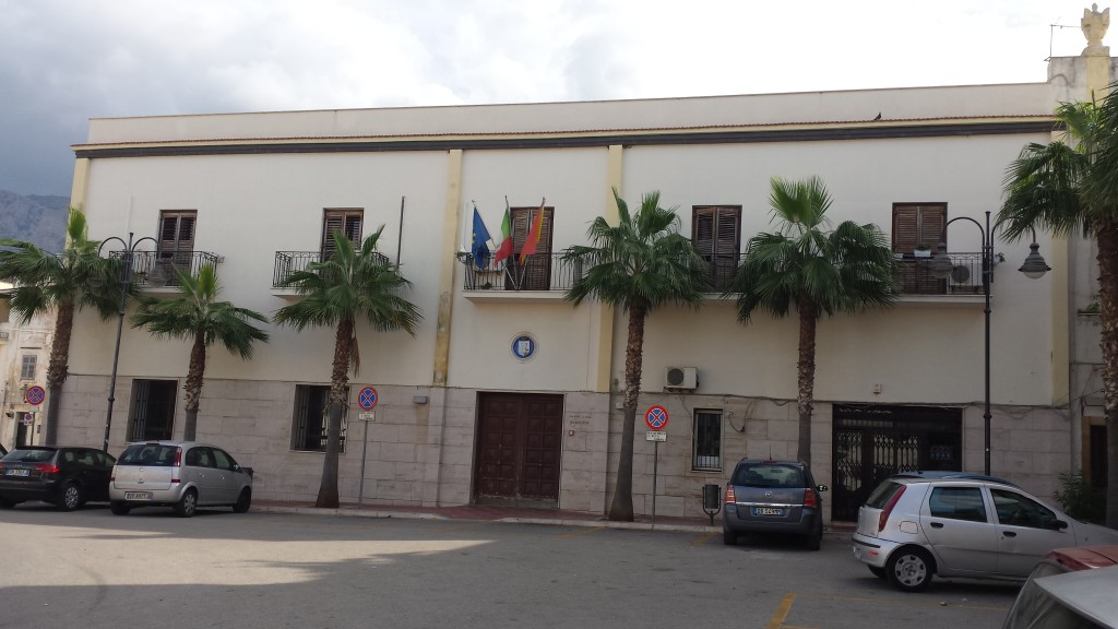 Terrasini. Palazzo La Grua