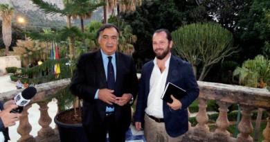 Il Sindaco, Leoluca Orlando e l'Assessore alla Cultura, Andrea Cusumano