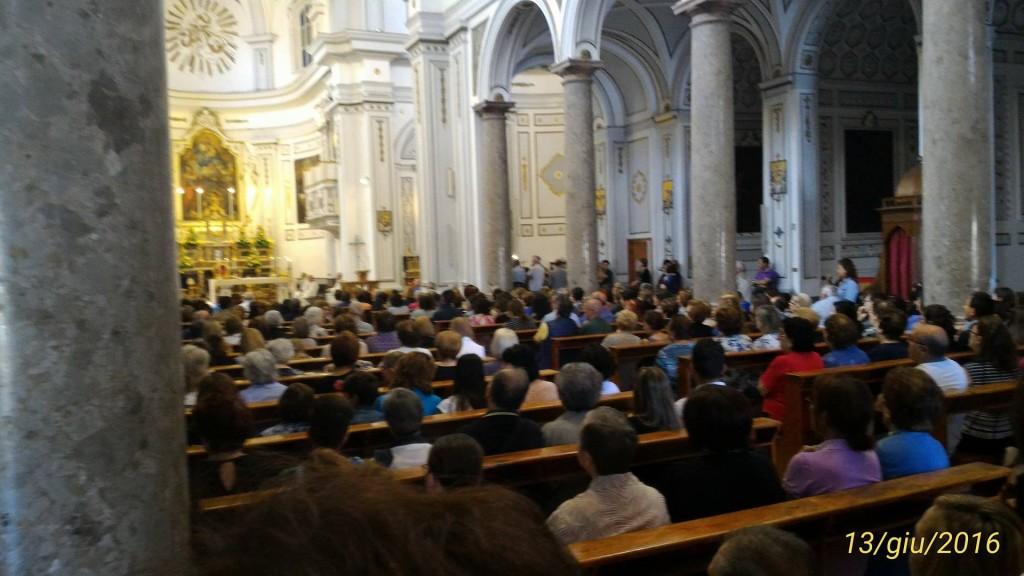 La chiesa madre gremita in occasione dei funerali di Padre Felice Russo