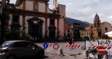 carini_piazza_duomo