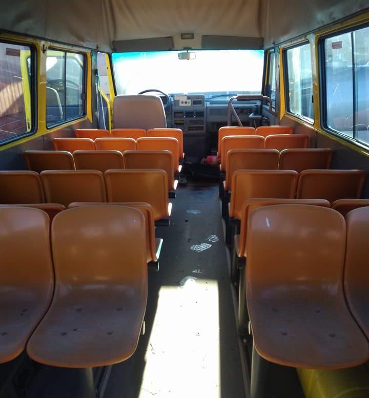 Gli interni dello scuolabus