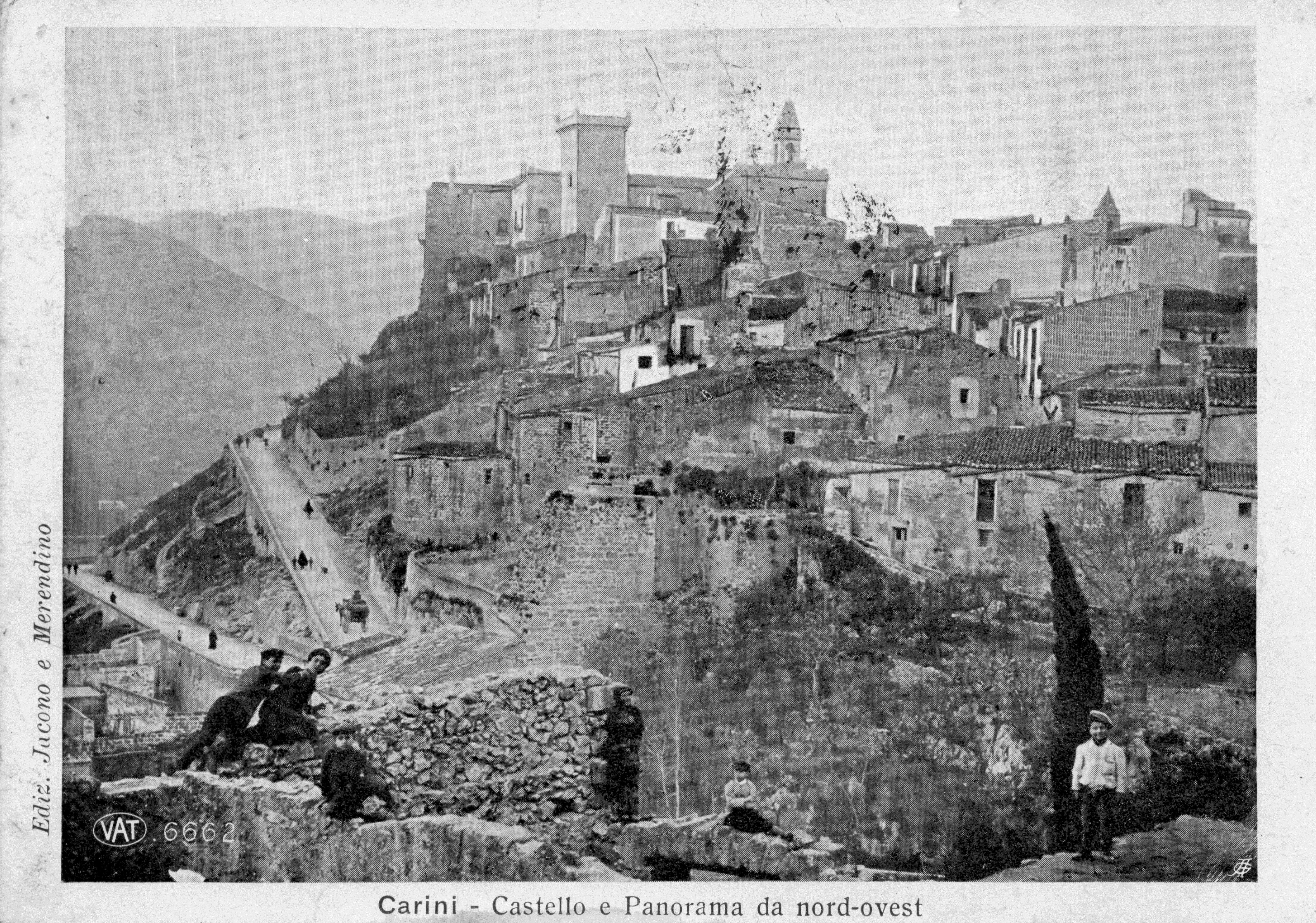 Castello di Carini da via Garita. foto primi Novecento
