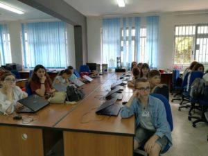 Gli alunni in aula informatica