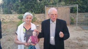 S.E. Mons. D'Errico con la Prof.ssa Rosa Maria Carra Bonacasa